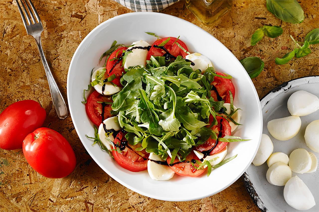 salad-caprese